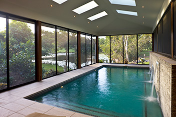 Invisi-Gard pool enclosure